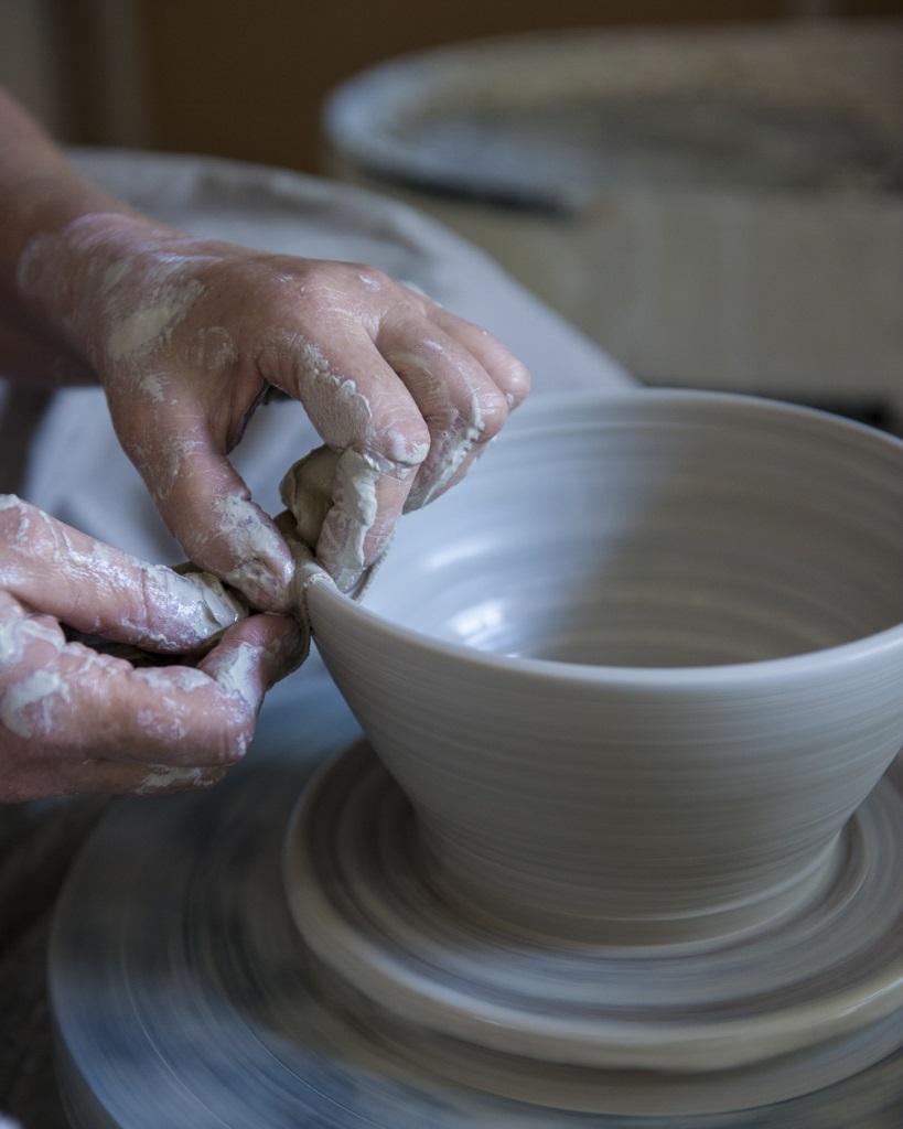 Marjoke de Heer - Keramiek atelier fotografie Rob van der Vet