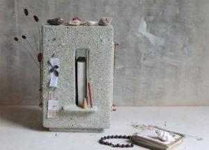 Altar cabinet sandy shore white - Marjoke de Heer Keramiek Atelier
