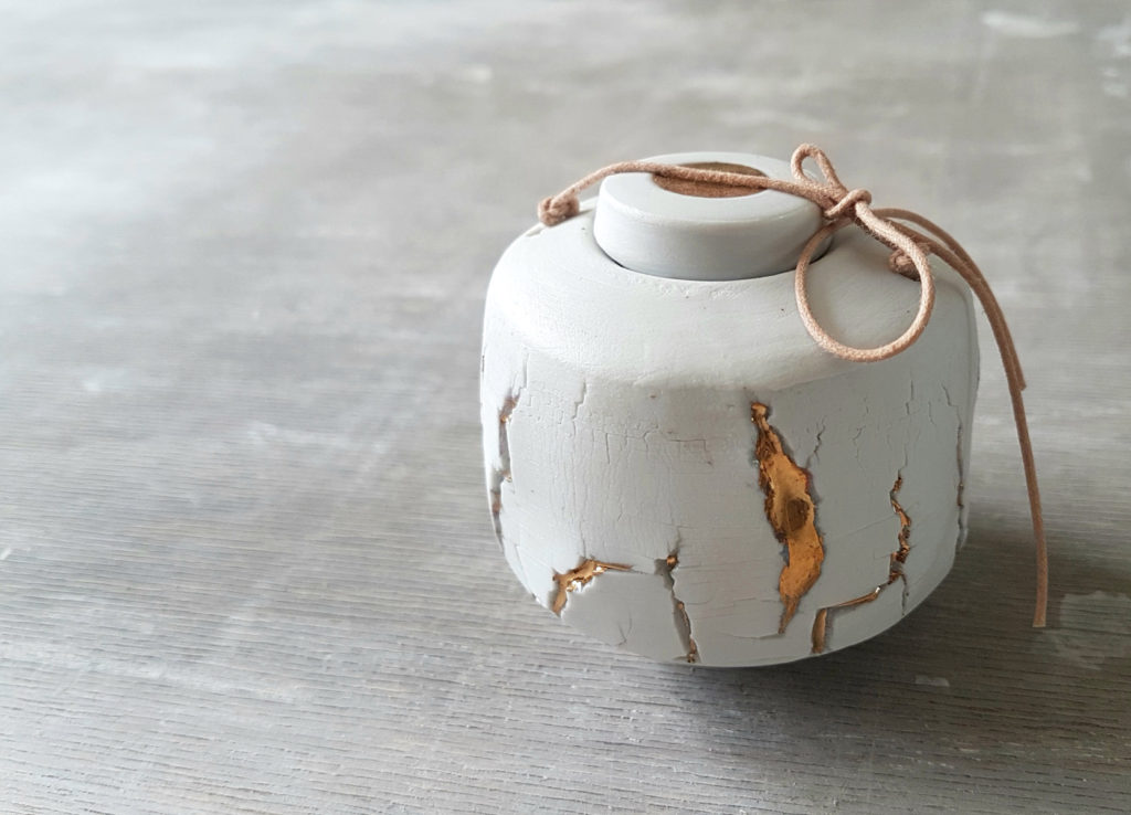 mini urn - porcelein met goud