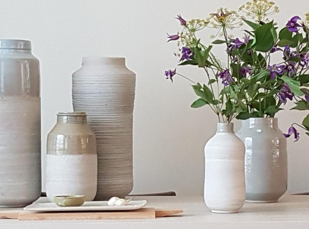 vaasvormen celadon mat-wit keramiek Marjoke de Heer